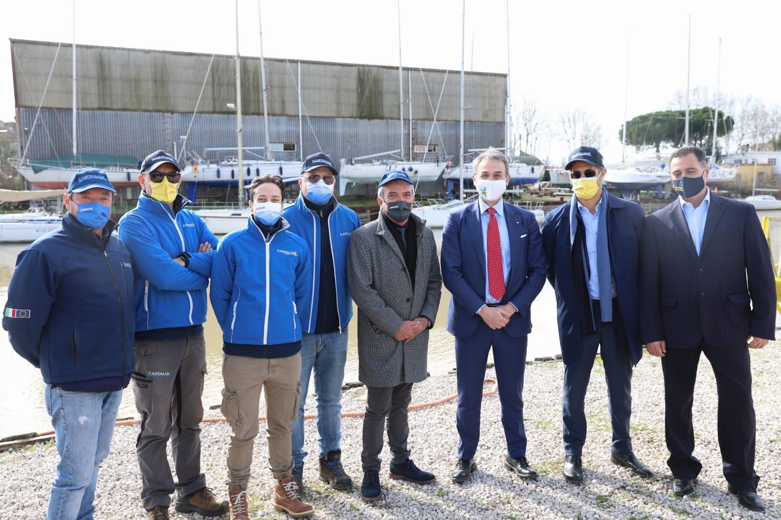 Dimostrazione a Fiumicino con il Ministro Costa